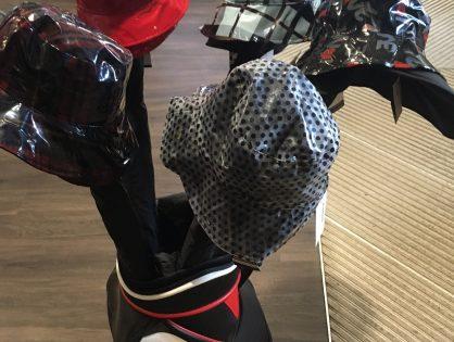Articles de pluie à la boutique du golf